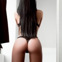 Lotti Welsh Brunette Cardiff Escort